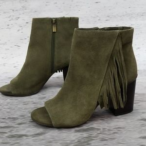 KENNETH COLE REACTION Fridah Boot